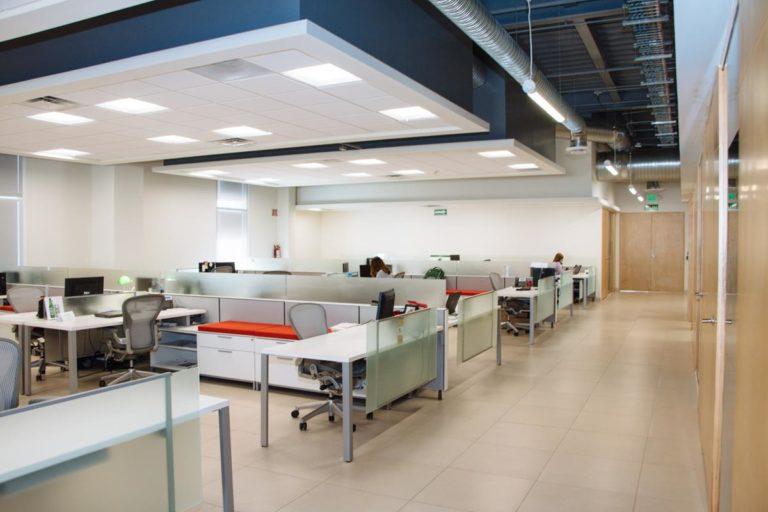 Na co należy zwrócić uwagę wynajmując lokal na biuro czy siedzibę firmy