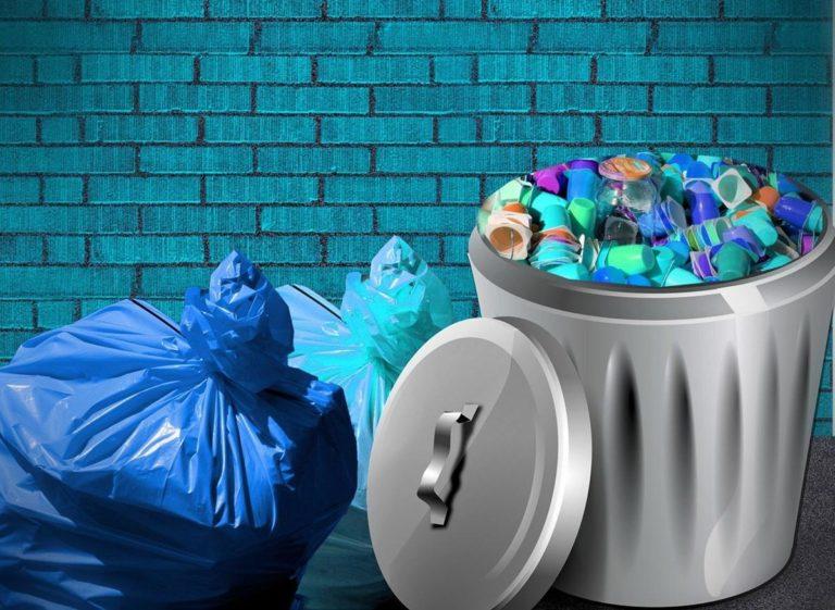 Na co zwracać uwagę wybierając kosze i pojemniki na odpady?